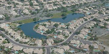 urban-neighborhood-with-residential-lake